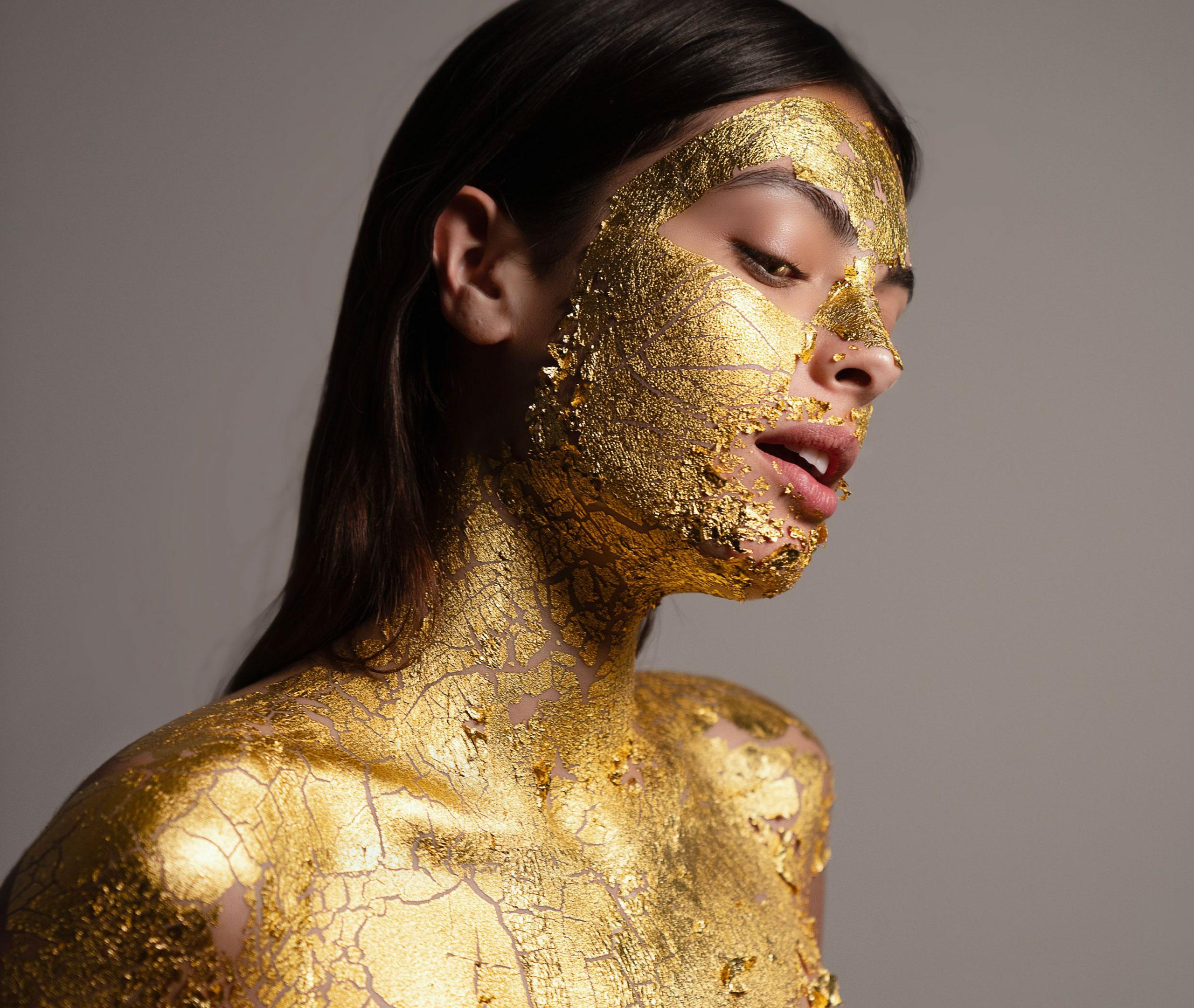 mimi-luzon-24-gold--mask